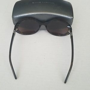 David Yurman Accessories - David Yurman Tortoiseshell Oval Sunglasses